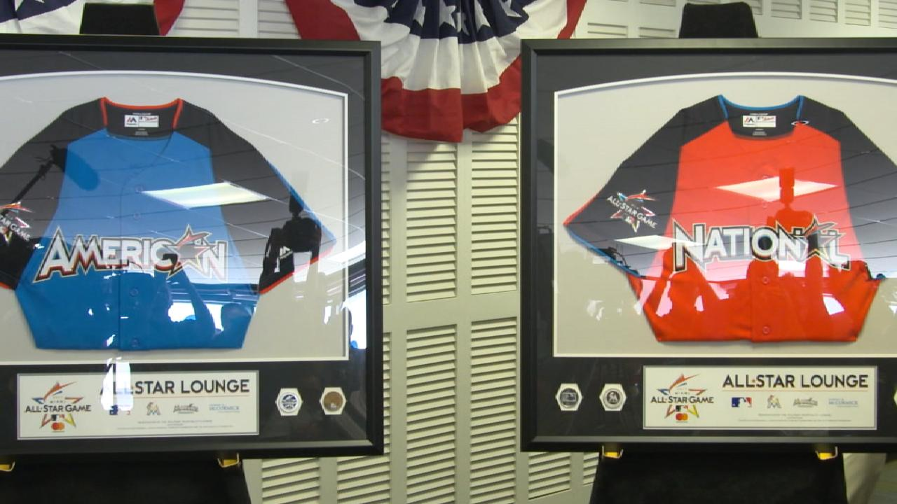 Marlins honor military with new-look airport lounge