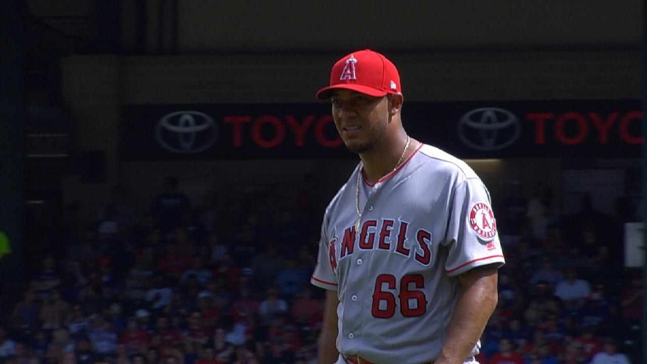 4-seam fastball helps Ramirez stymie Texas