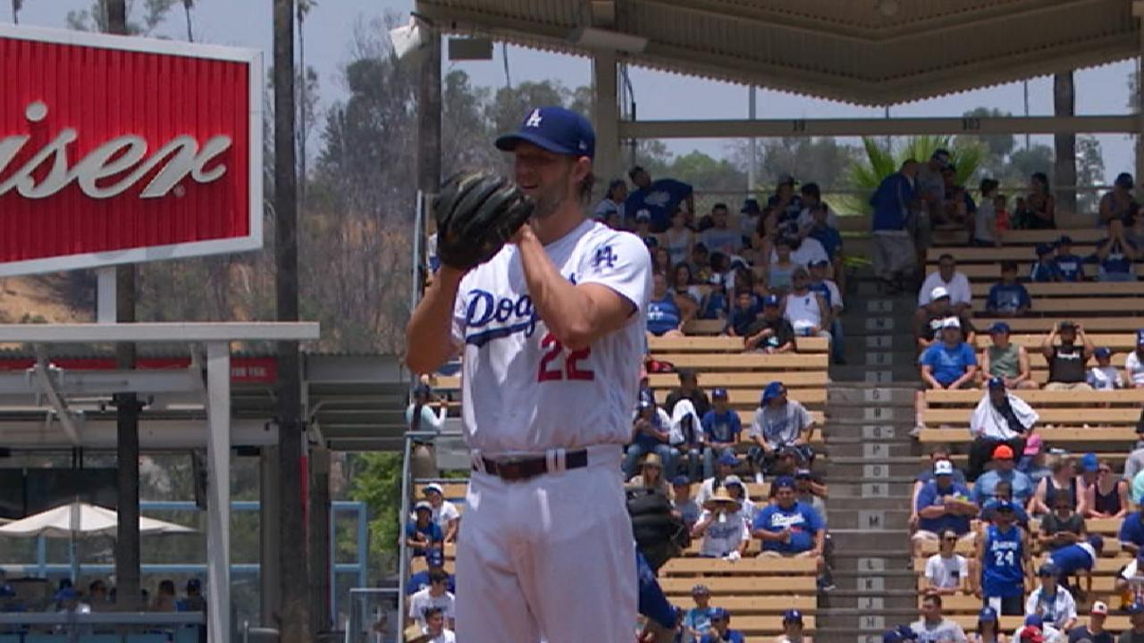Kershaw goes the distance