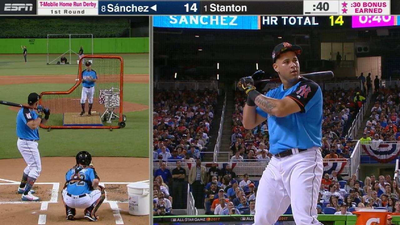 Sanchez's 483-foot homer
