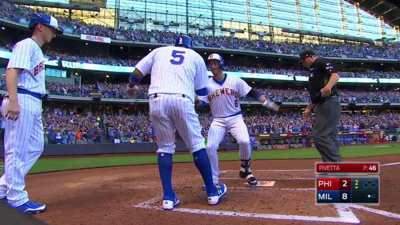Braun's grand slam punctuates 8-run inning