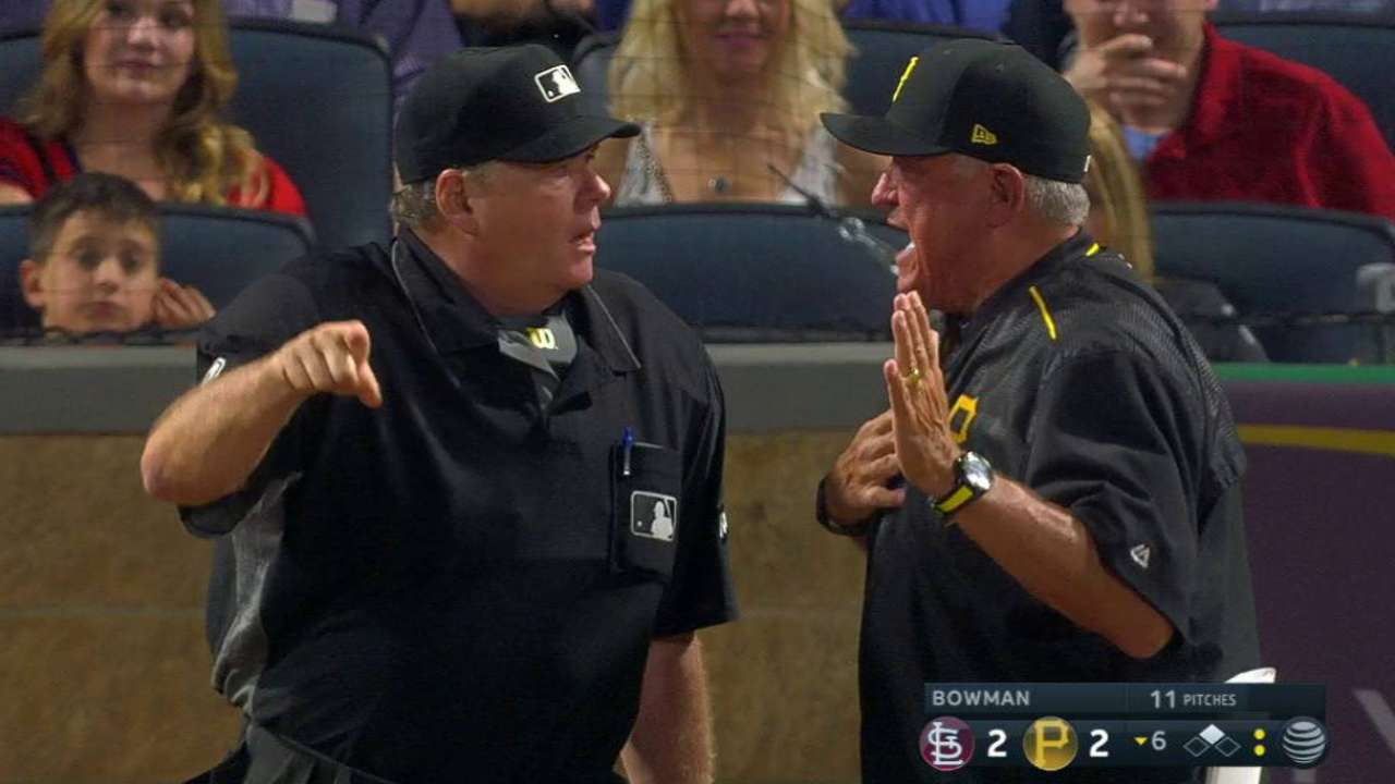 Hurdle gets ejected in the 6th