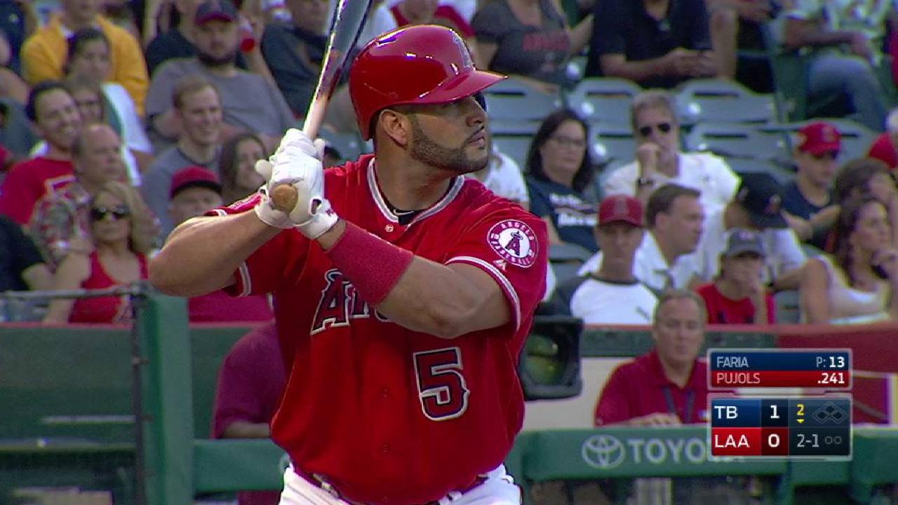 Angels fall to Rays in 10 in Trout's return