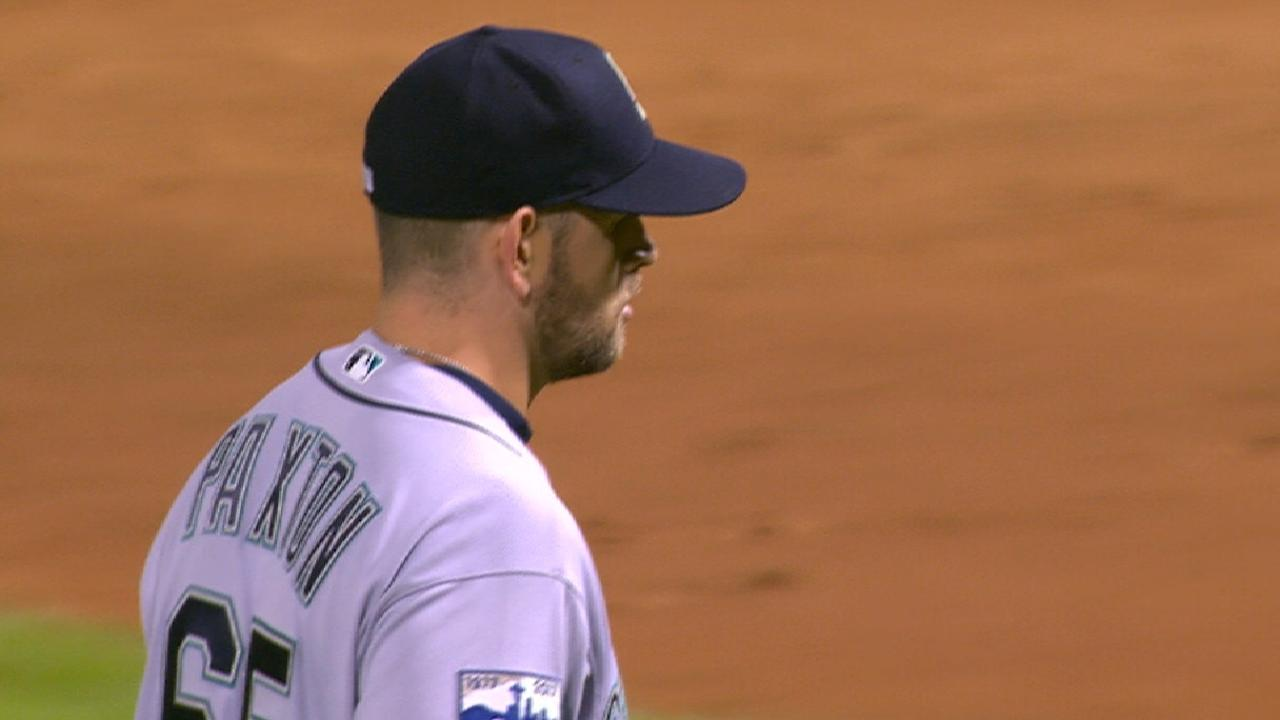Paxton's strong outing