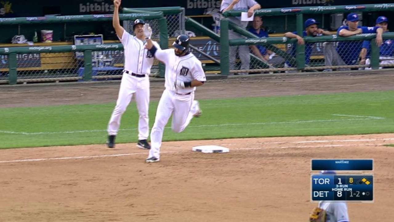 Martinez's three-run big fly