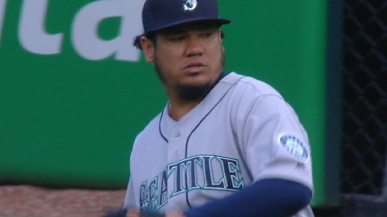 Hernandez's solid outing