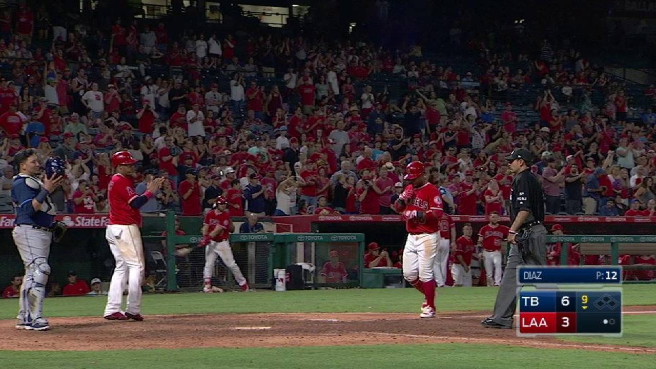 Valbuena's two-run home run