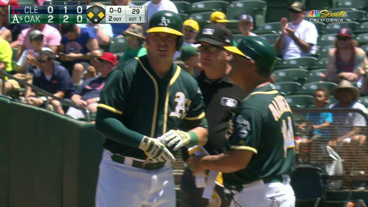 Healy's two-run single to right