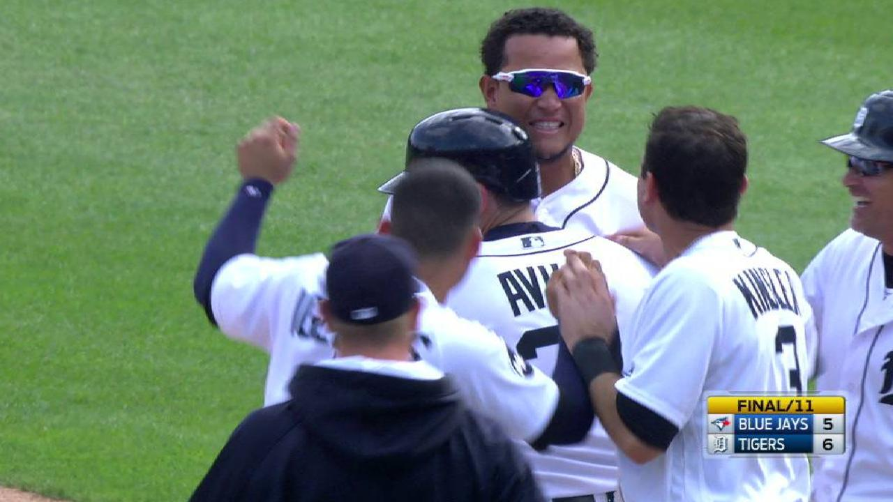 Cabrera's walk-off walk in 11th