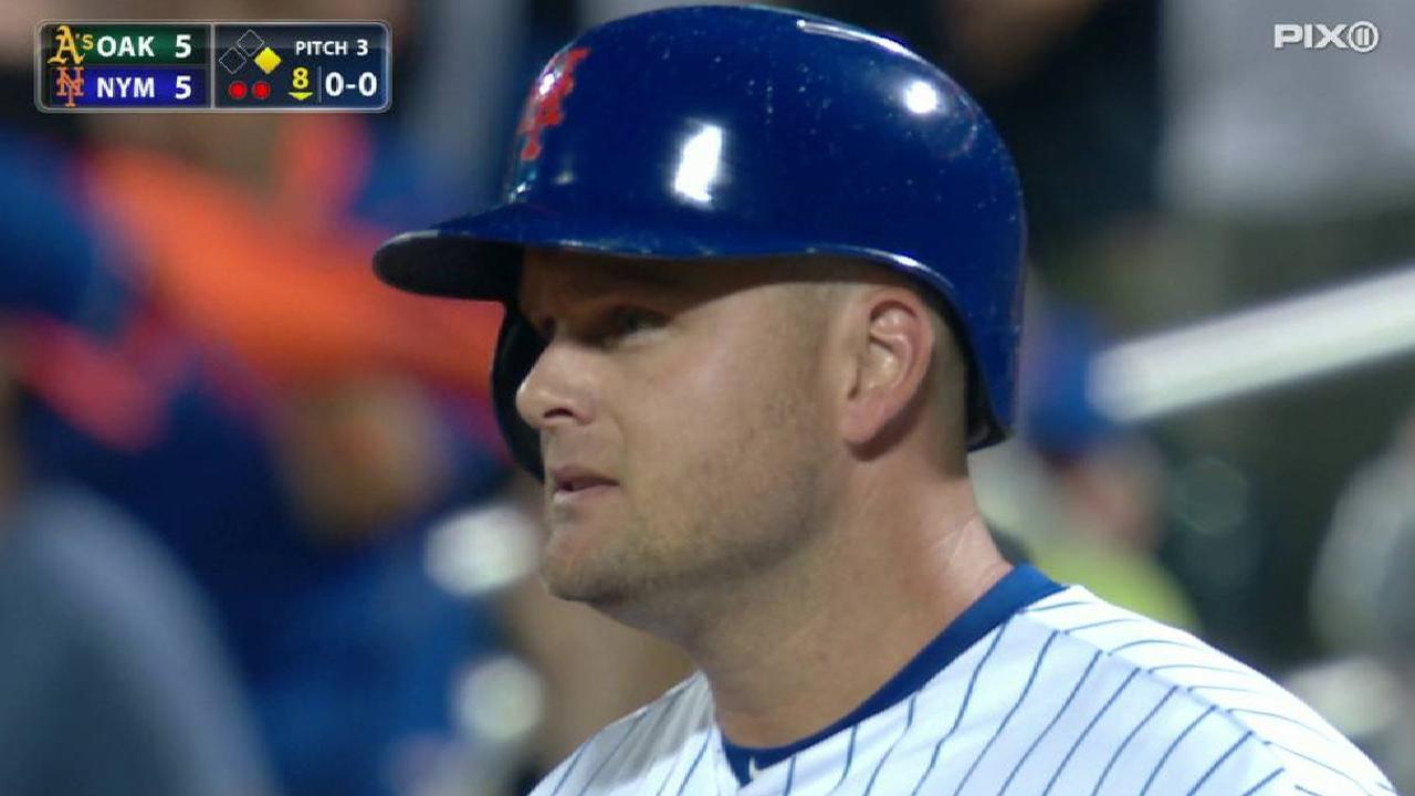 Lucas Duda cambiado de los Mets a los Rays por un prospecto