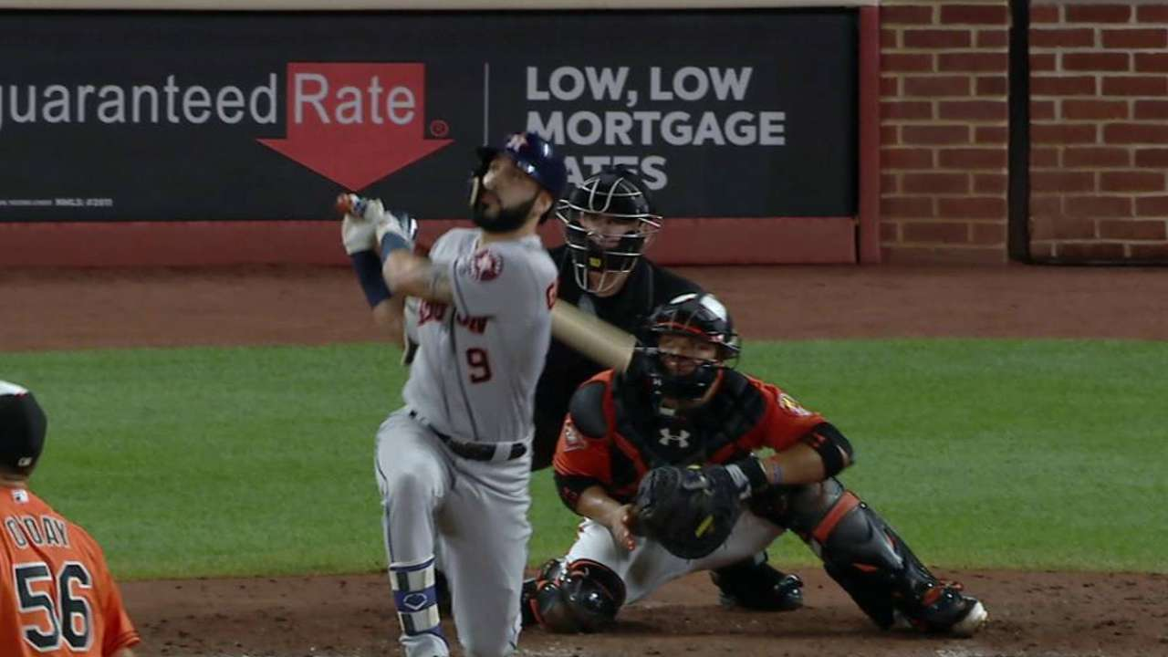 Gonzalez's three-run homer