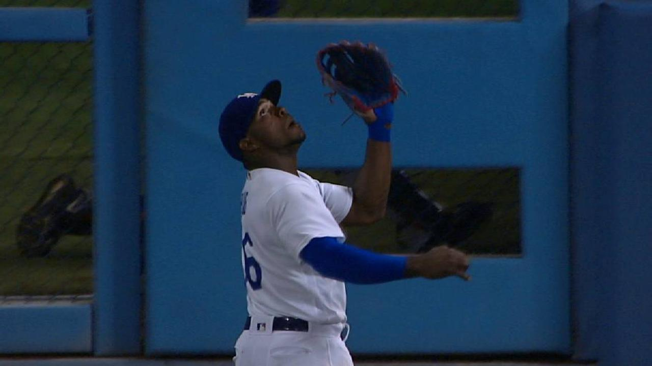 Puig's great running catch