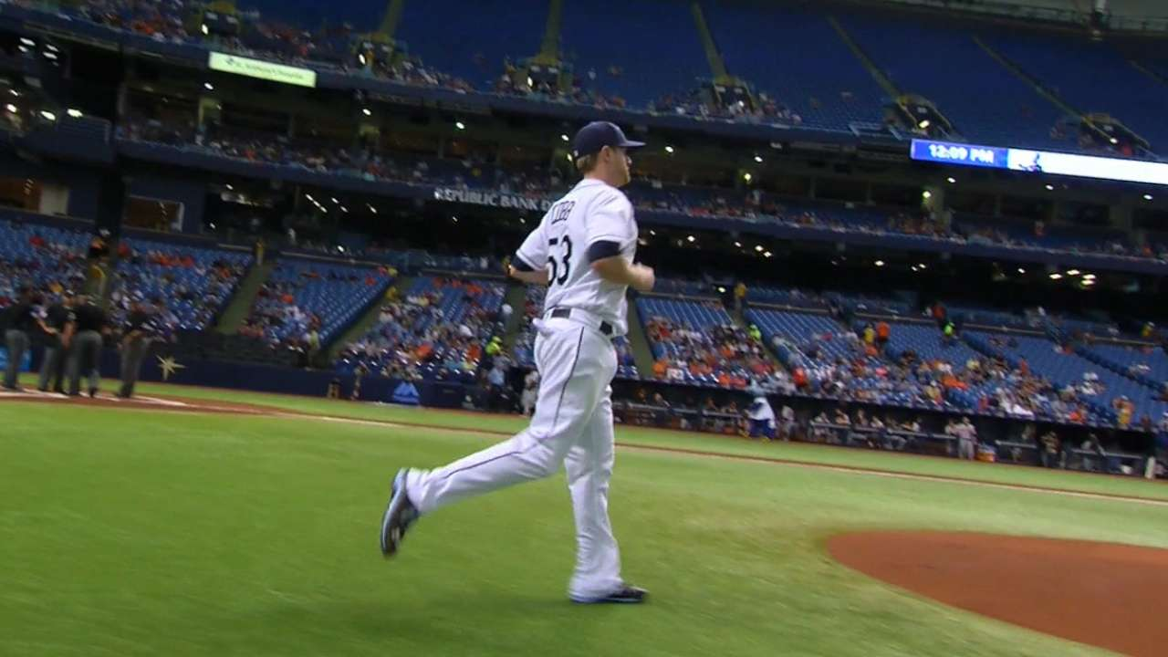 Cobb backed by Longo, Souza HRs in win