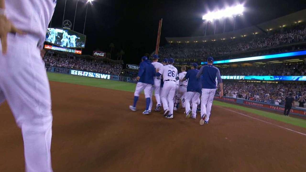 Dodgers barrieron a Mellizos con hit de oro de Turner en la 9na