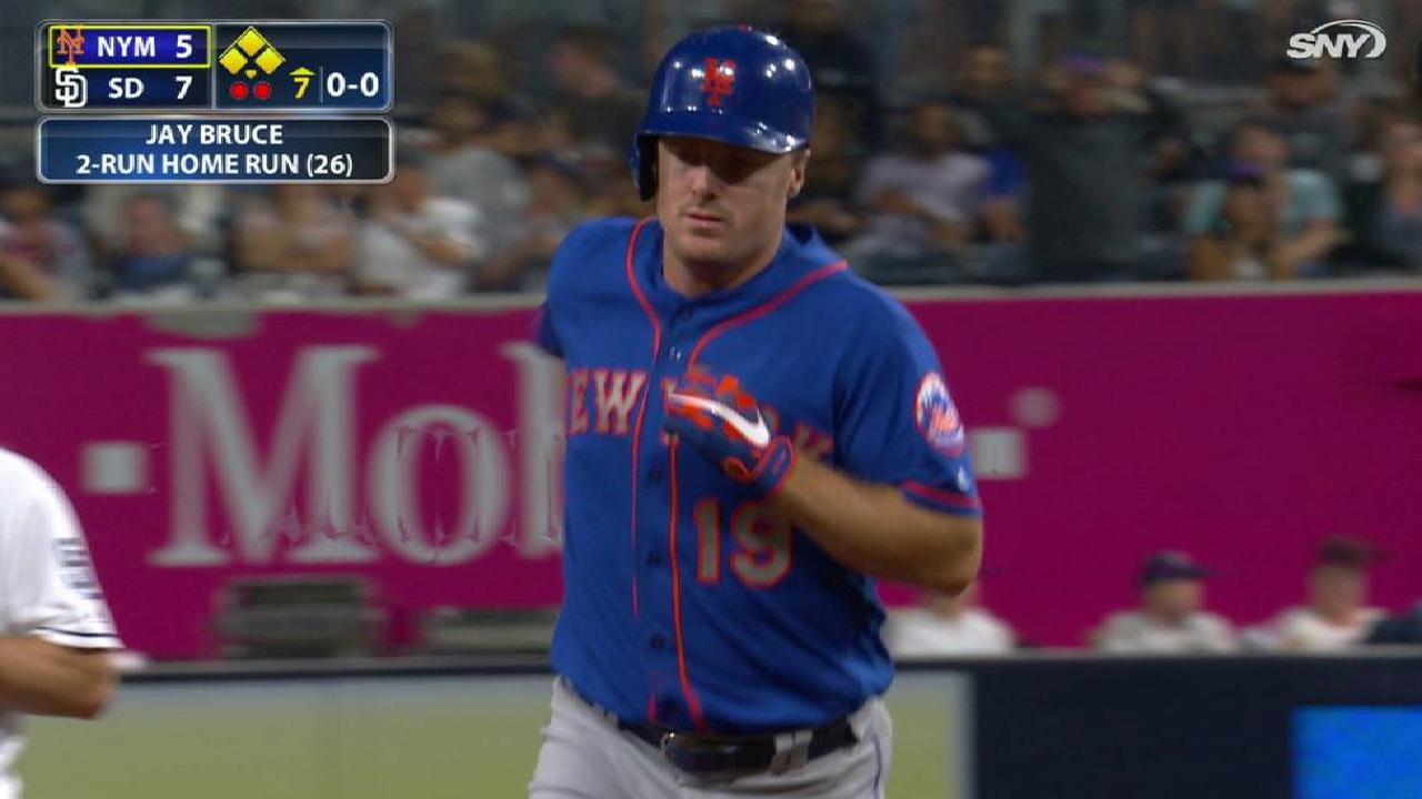 Bruce homers late, but Mets drop finale to SD