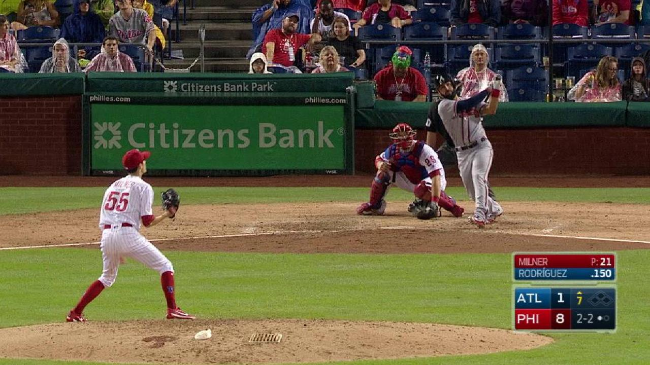 Rodriguez's pinch-hit solo homer