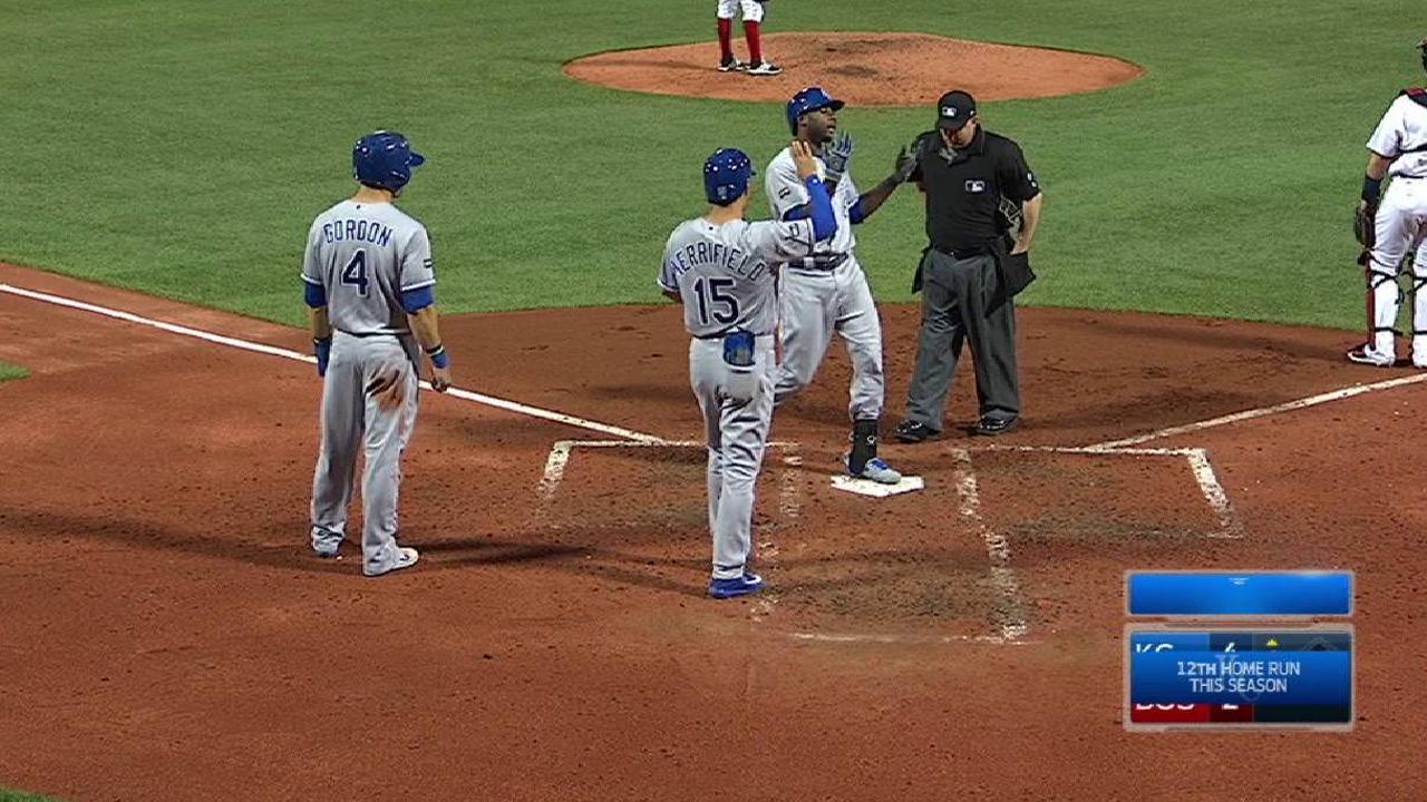 Cain's three-run homer