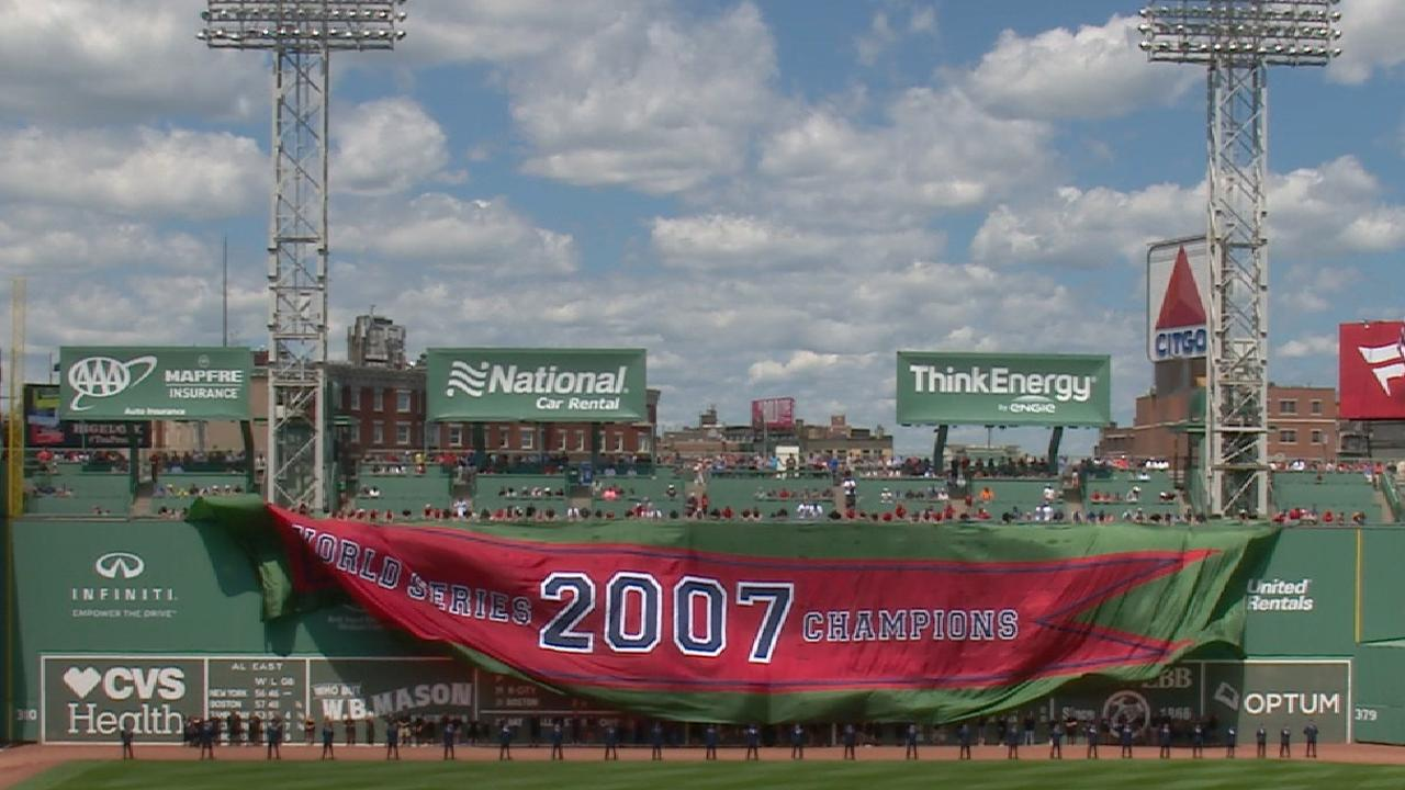 Red Sox honor 2007 WS team