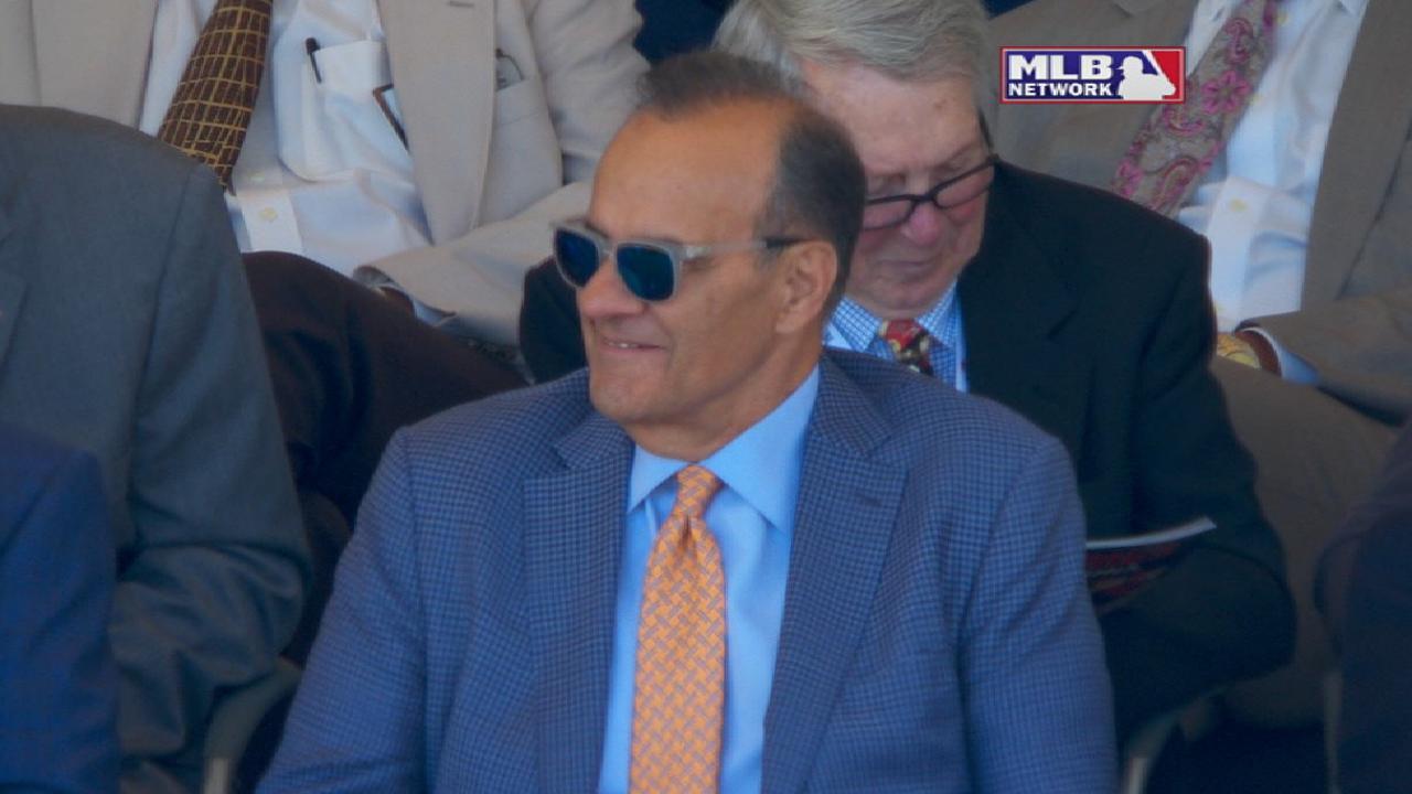 Selig expresses love of 'baseball life' in speech