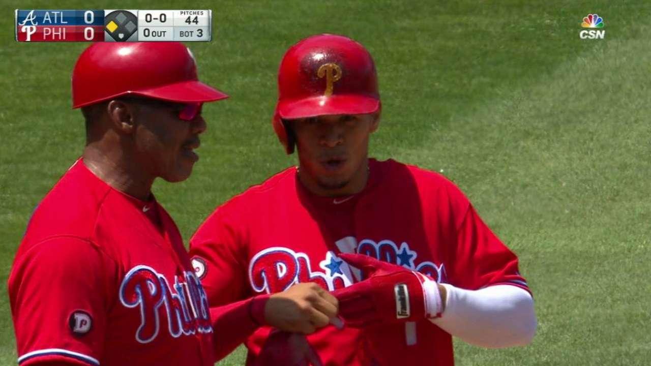 Hernandez hustles out a triple