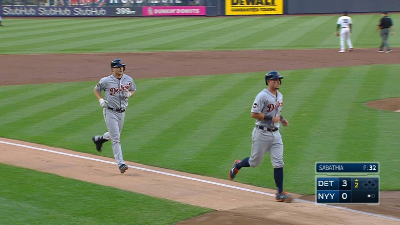 Tigers hold off Yanks, knock them out of first