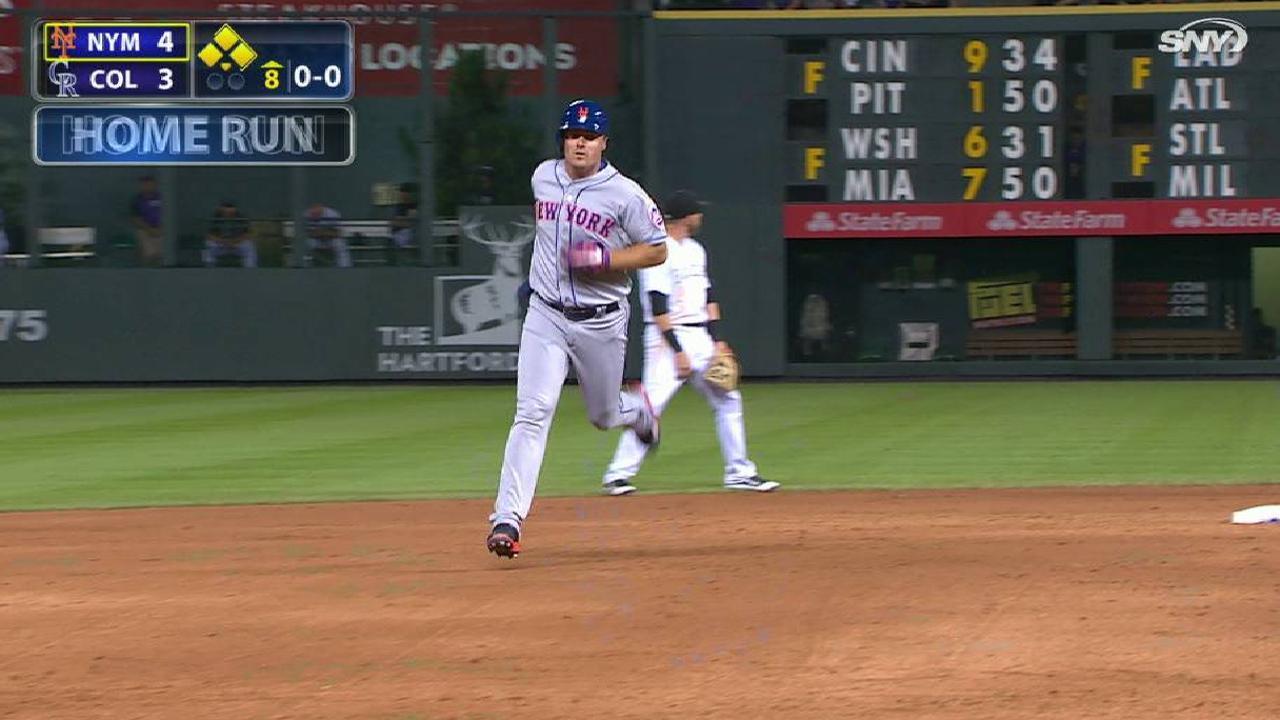 Bruce's go-ahead solo home run