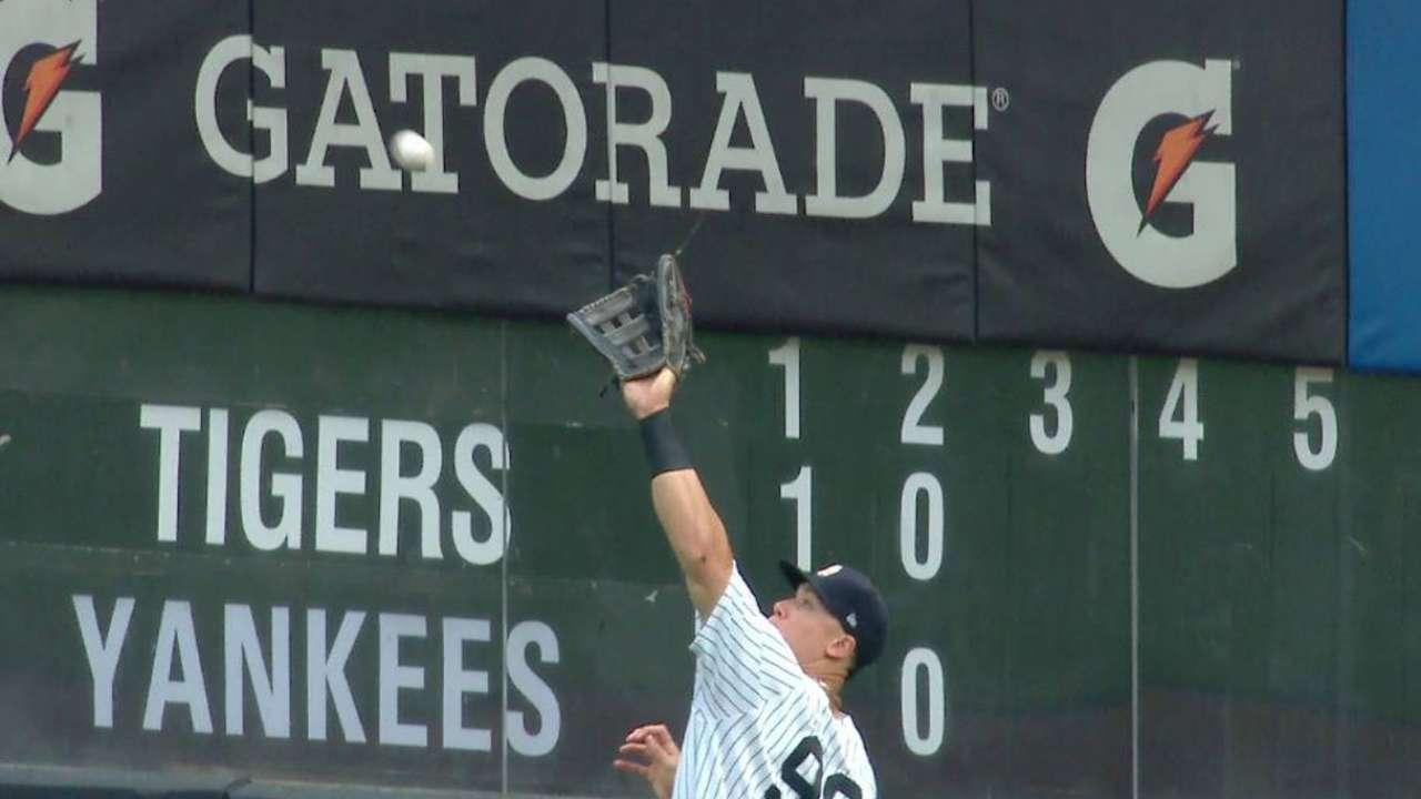 Yanks' bats go quiet for Tanaka in rainy finale