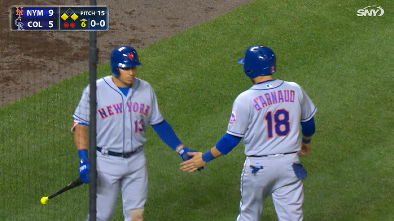 Mets plate six runs in 6th