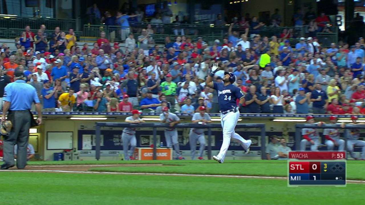 Brewers hold off Cards to earn series win