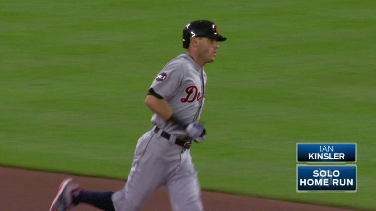 Kinsler's leadoff home run