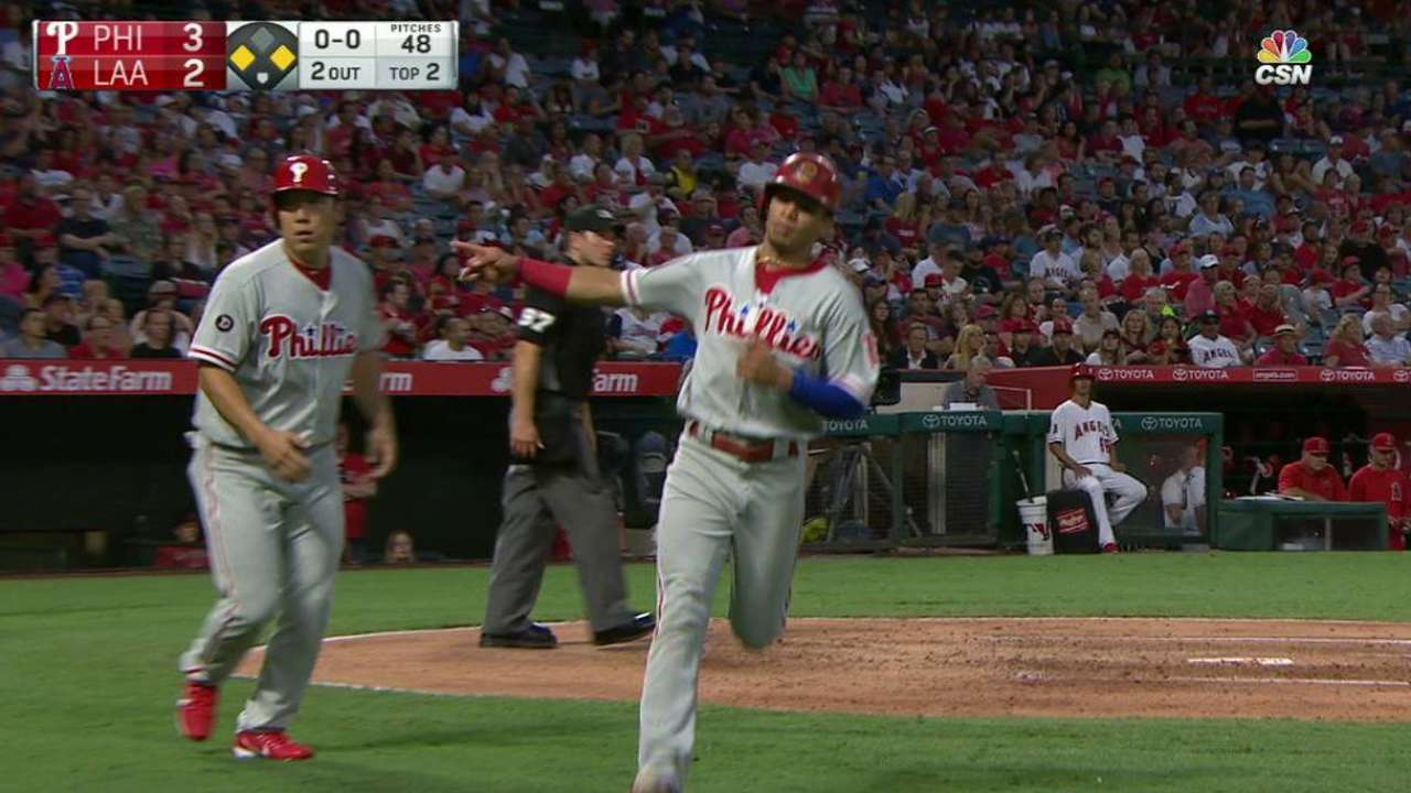 Galvis ropes a two-run single