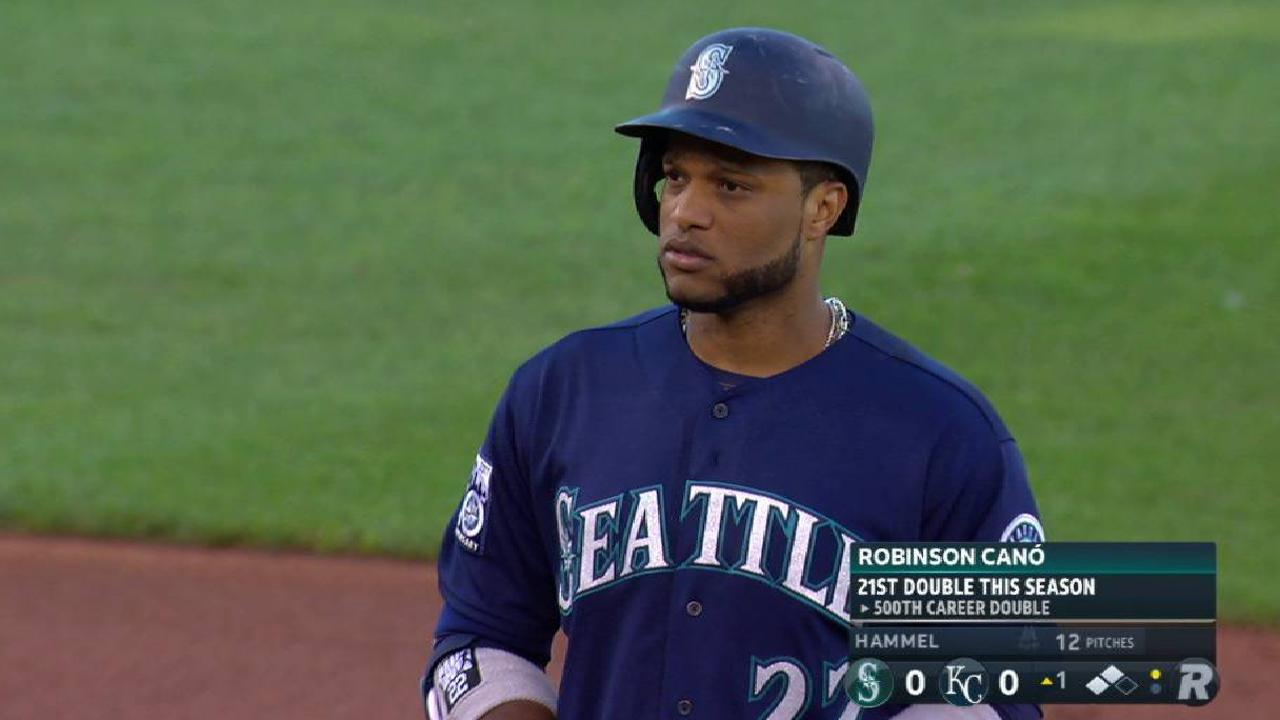Cano records 500th career double