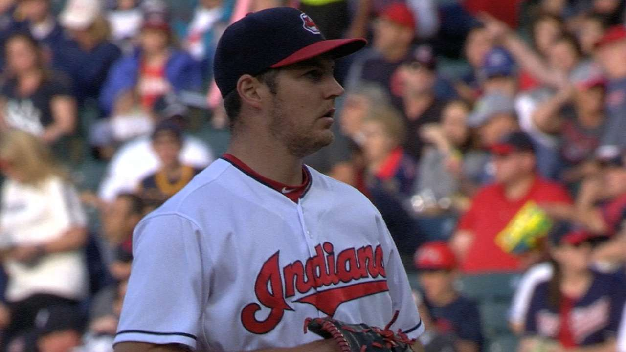 Bauer surges, Tribe foils another Yanks debut