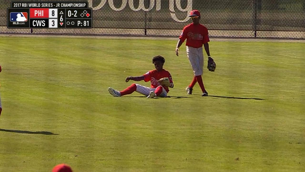 Jackson makes nice catch in 6th