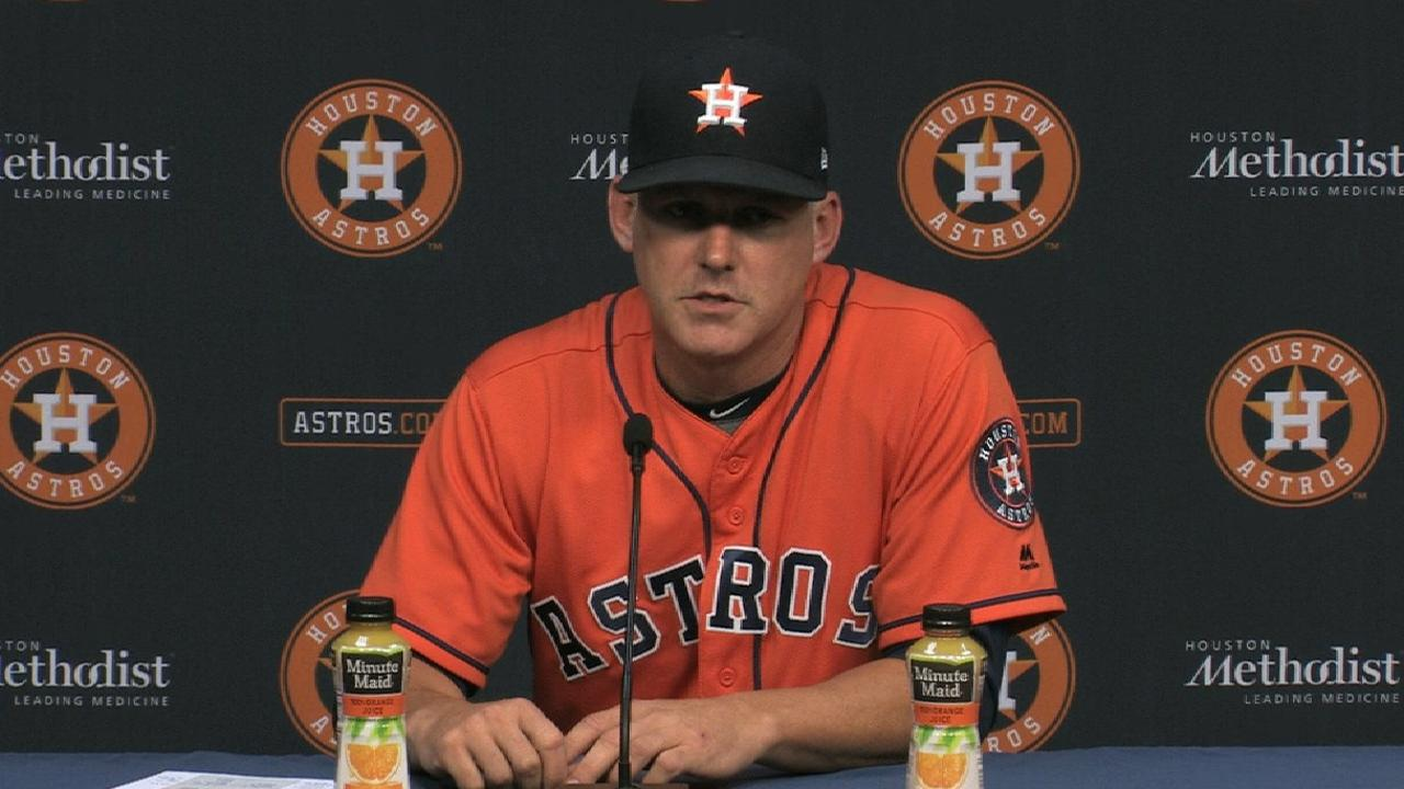 Hinch points to key moments that cost Astros