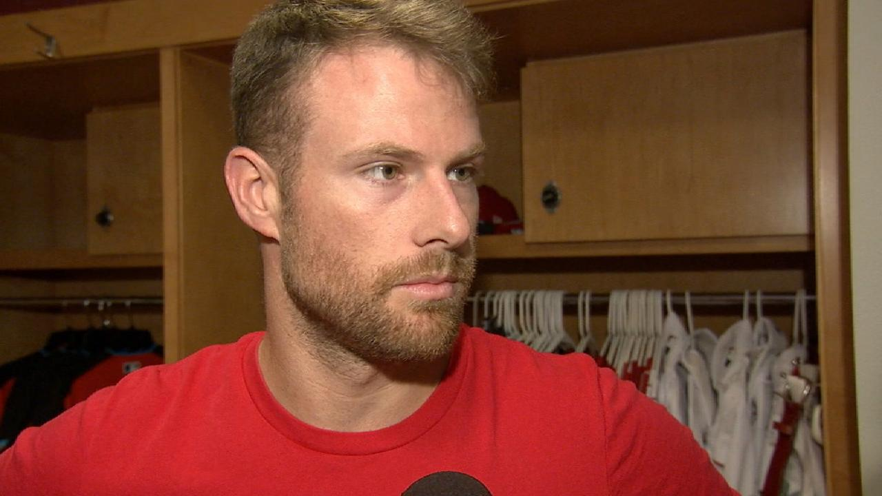 Shortstop Cozart returns from DL for Reds