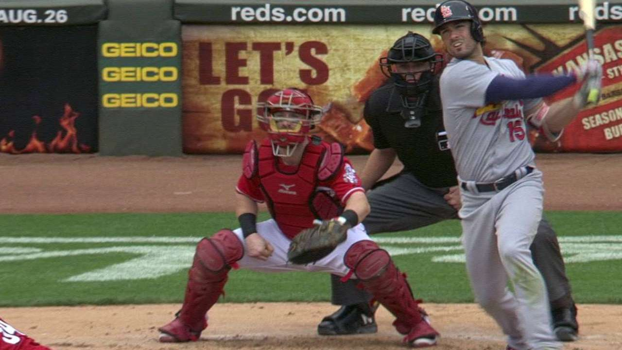 Big innings boost Cards in rout of Reds