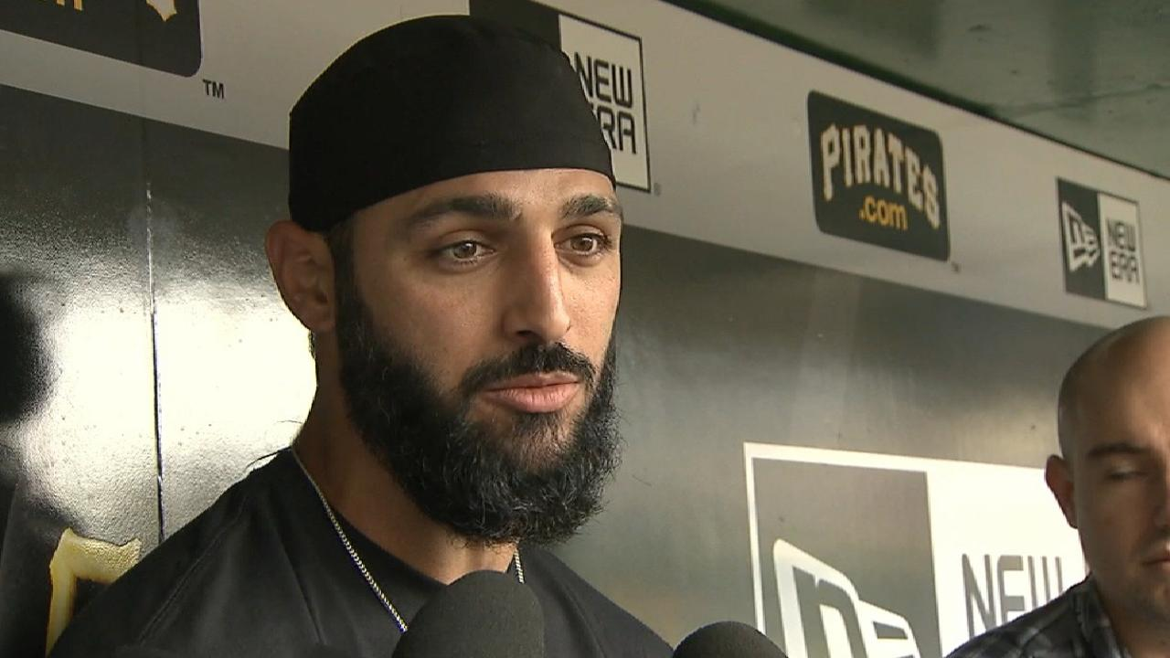 S-Rod arrives in Pittsburgh to happy reunion