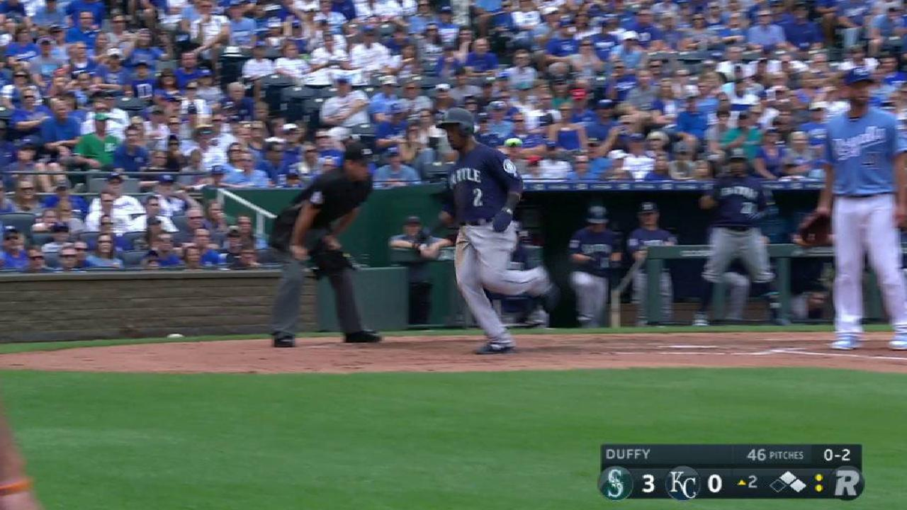 Royals run out of chances in odd 4-run 2nd