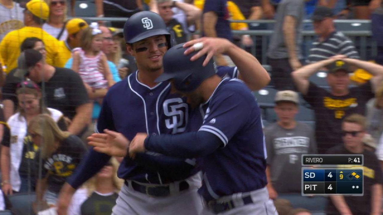 Padres rally to force extras, fall flat vs. Pirates