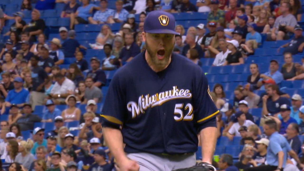 Nelson's dominant outing