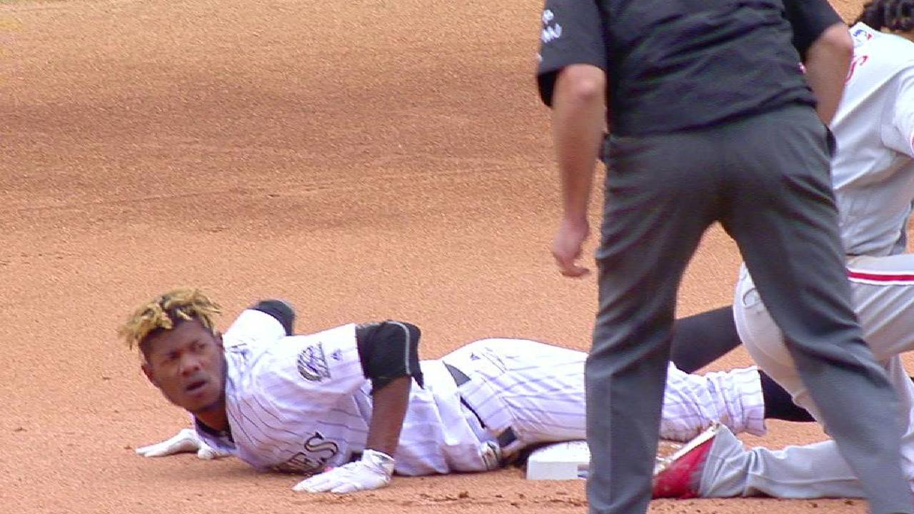 Tapia steals second base