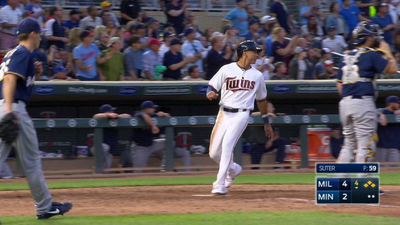Polanco's two-run double