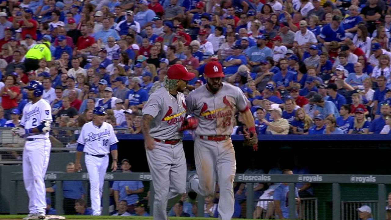 Martinez escapes jam in the 4th