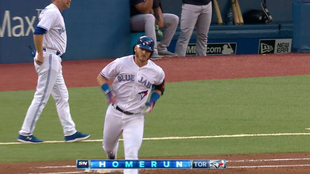 Donaldson's second two-run homer