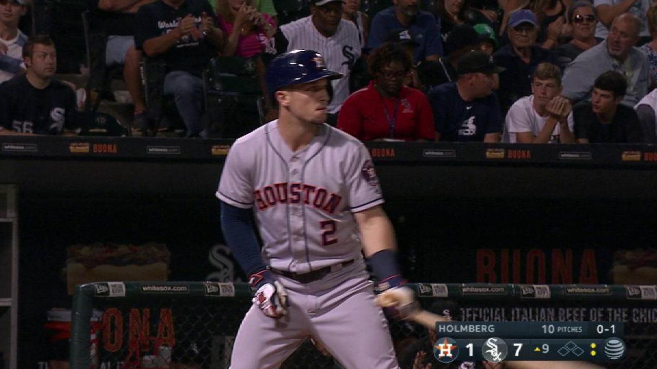 Bregman ties Astros' XBH record