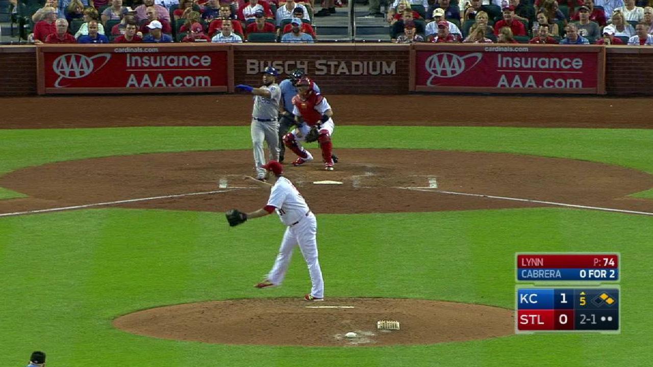 Cabrera's two-run triple