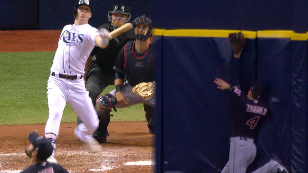 Dickerson's clutch HR propels Rays past Tribe