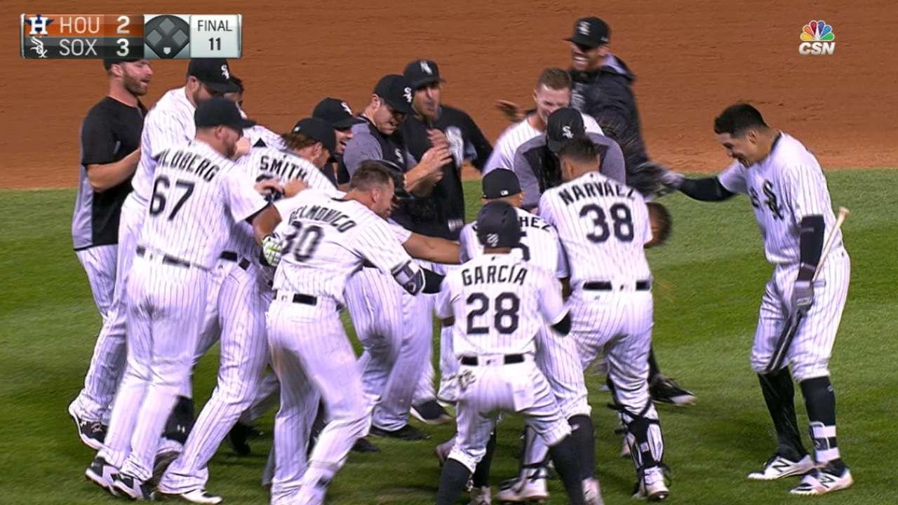Moncada, White Sox dejan tendidos a Astros y completan la barrida