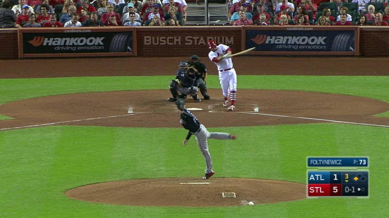 Wainwright's RBI single
